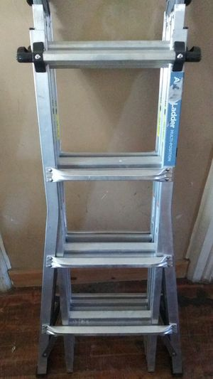 Foldable 18' ladder for Sale in Cohoes, NY