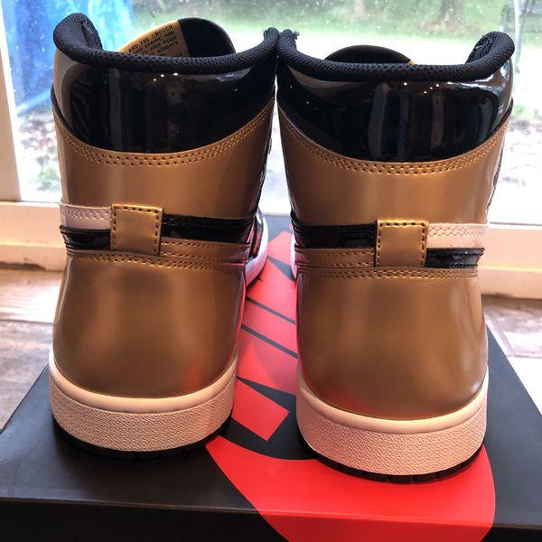 Jordan 1 'Gold Toe' - Size 11