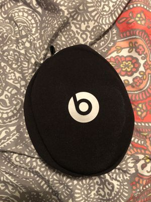 Beats solo 2 for Sale in Combine, TX