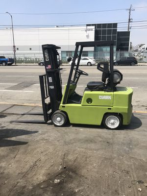 CLARK FORKLIFT!!! 5,000 LBS. CAPACITY!!! for Sale in Gardena, CA