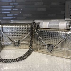 Shoulder Bags for Sale in Miami, FL