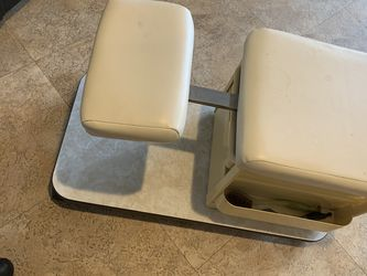 Pedicure Chair for Sale in Lakewood,  WA