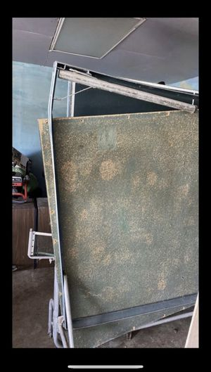 Tennis table needs fix for $10 palatine for Sale in Chicago, IL