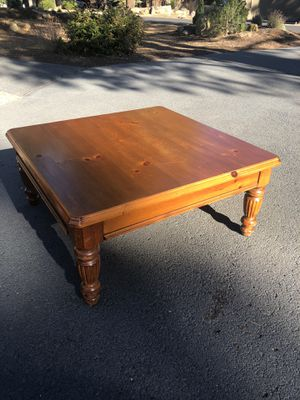 Coffee Table, Lane for Sale in Sunriver, OR