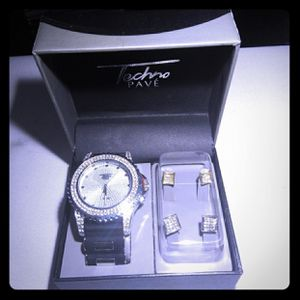 Fully Iced Out Lab Diamond Quarts Watch With 2 Ear Ring Sets for Sale in Elida, OH