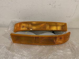 2003 - 2014 GMC Savana Chevrolet Express Eagle Eyes Park / Signal / Side Marker Light Assembly Pair (V#445-1/2) - Part # GM380-B0WW2 for Sale in City of Industry, CA