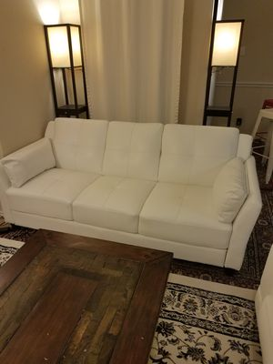 beautiful white leather couch left for Sale in Dallas, TX
