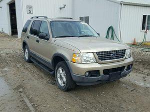 2003 Ford Explorer xlt 155k for Sale in Hillcrest Heights, MD