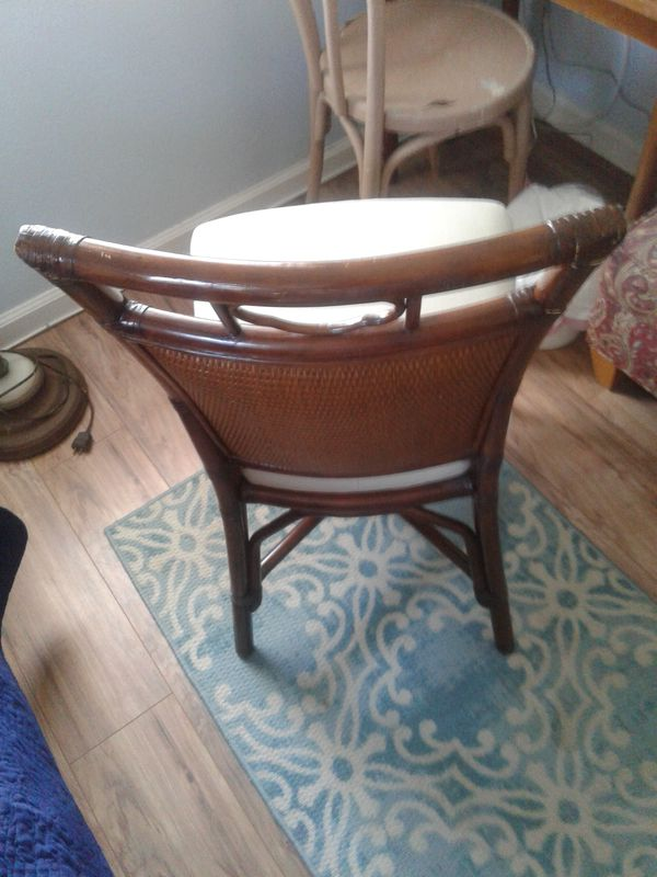Tommy Bahamas style chair