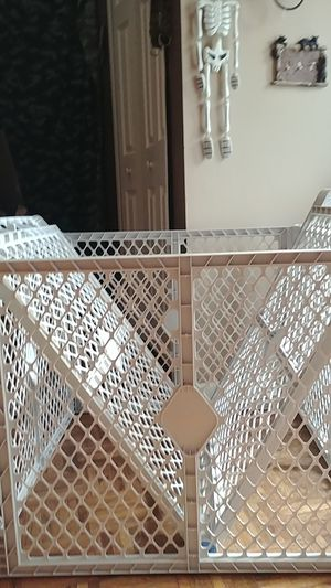 Baby gate. / playpen for Sale in Strongsville, OH