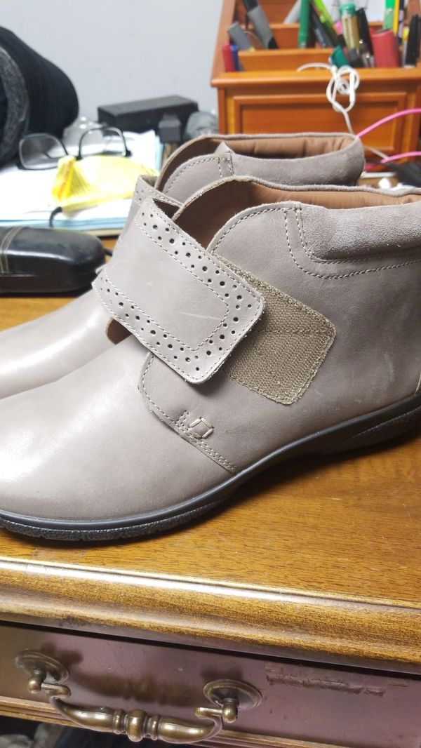 BEAUTIFUL HOTTER SHOES FROM ENGLAND
