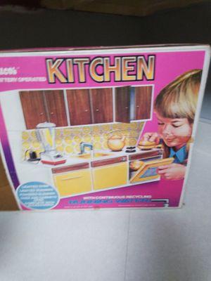 Illco Kitchen Sized for Dolls, Vintage, Orig Box - No Blender for Sale in Ashland City, TN