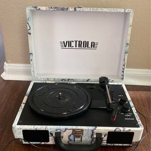 Victrola Patterned Suitcase Record Player for Sale in Menifee, CA