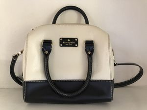 Kate Spade Leather Crossbody Satchel Bag for Sale in Los Angeles, CA
