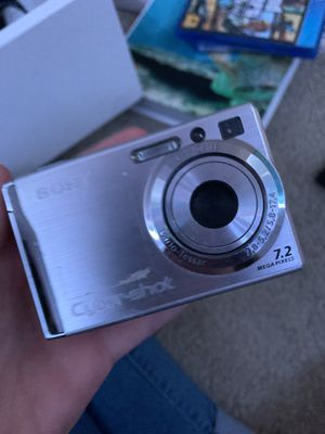 Sony cybershot camera for Sale in Spring Hill, FL
