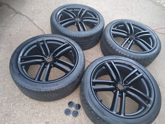19 inch aluminum alloy rims with 245/40 tires for Sale in Pekin,  IL