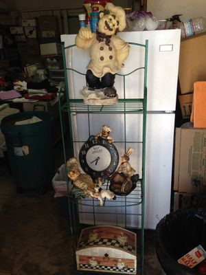 4 kitchen decorations , clock and wood box includes metal shelf for Sale in Artesia, CA