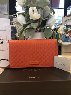 Gucci Mini Crossbody Bag for Sale in Mount MADONNA, CA