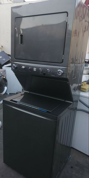 220 VOLTAGE STACKABLE STILL LOOKS NEW for Sale in Whittier, CA