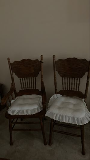 2 Wooden Chairs for Sale in Yuba City, CA