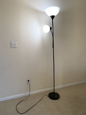 Floor lamp, 71 x 20.47 x 11.35 inches, Black for Sale in Mountain View, CA