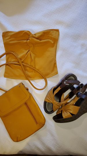 3-Pc. Set -Shoes,Purse & Top for Sale in Berea, OH