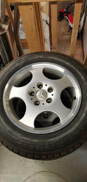 "4 Mercedes Benz S500 16"" Wheels for Sale in Willowbrook, IL"