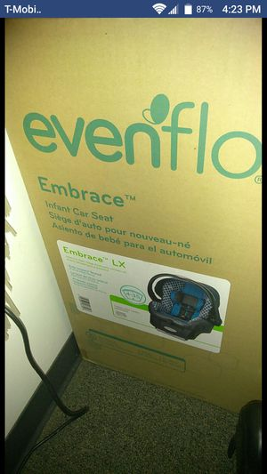 Evenflo Embrace infant car seat for Sale in Philadelphia, PA