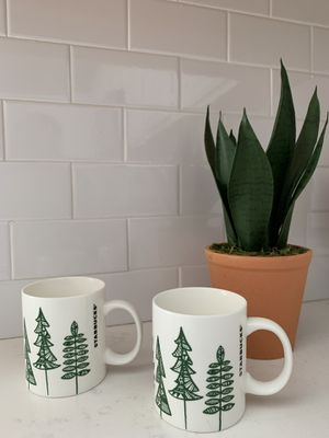 2 Starbucks Mugs 12 oz. NEW for Sale in Corona, CA