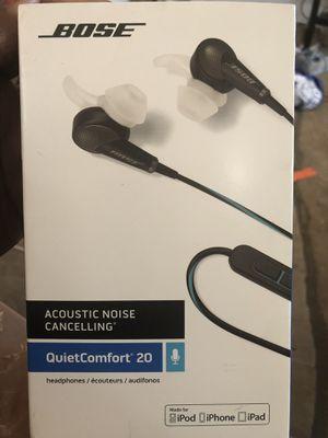 BOSE QuietComfort 20 Headphones for Sale in St. Louis, MO