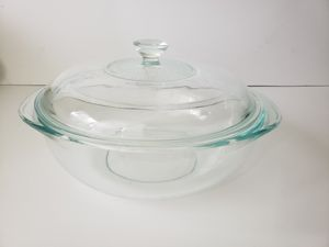 Vintage Pyrex Clear bowl 2 QT - 1.9 L 024 with Lid 624C A made in USA for Sale in Orlando, FL