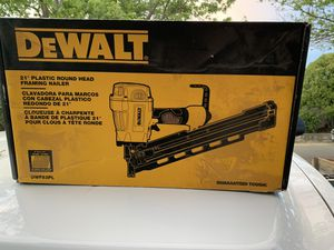 DEWALT Fremer nail gun for Sale in Vallejo, CA