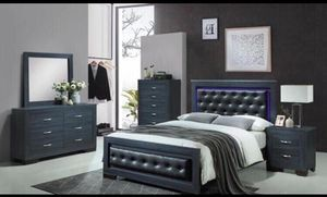 Brand new queen size bedroom set $599 for Sale in Hialeah, FL