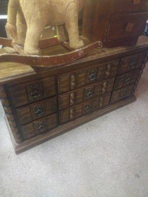 Dresser heavy duty for Sale in Modesto, CA