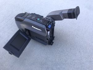 Panasonic PV-L580D Palmcorder VHS Video Camcorder Recorder Vintage for Sale in Lancaster, CA