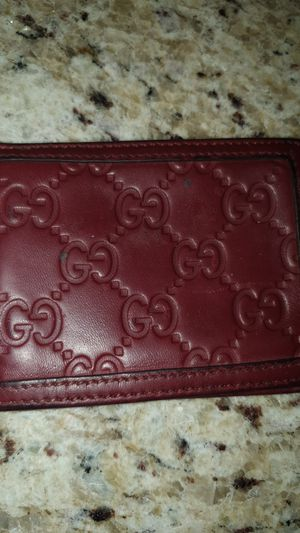 Gucci wallet for Sale in Murfreesboro, TN