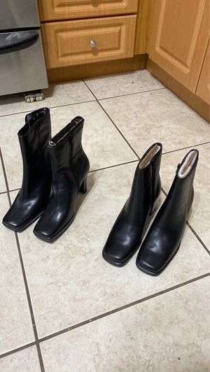 Women's black boots for Sale in Coral Gables, FL