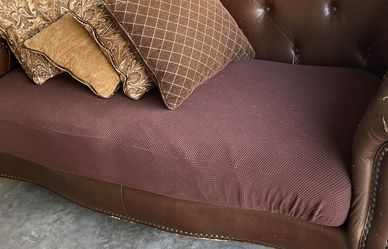 Free Couch With Throw Pillows for Sale in Austin,  TX