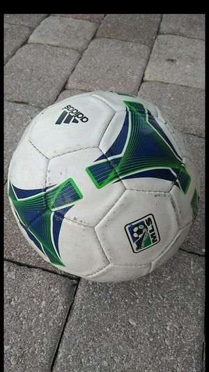 Adidas professional size soccer ball for Sale in Royal Palm Beach, FL