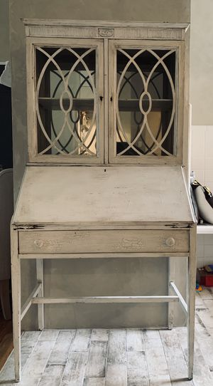 Antique hutch with functional fold down desk. Mirrored back for Sale in Brooklyn, NY