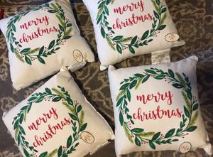 4 Christmas decorative pillows for Sale in Baldwin Park, CA