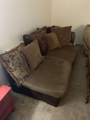 Sectional Couch for Sale in San Angelo, TX