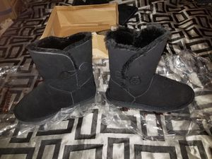Brand New Bailey Button Uggs (Authentic Women's Size 8) for Sale in Detroit, MI