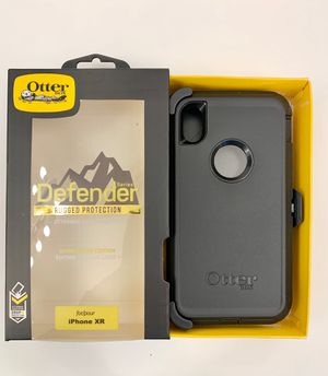 OtterBox Defender Case for iPhone XR with Belt Clip Holster. Black. for Sale in Corona, CA
