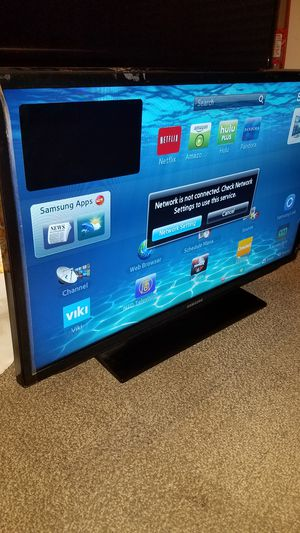"""32""""Samsung Led Smart TV wi-fi HD 1080p clear motion 120hz model is UN32H5201 for Sale in San Jose, CA"""