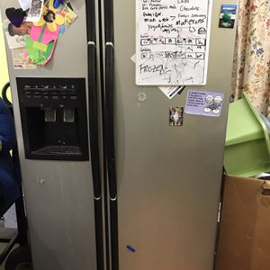 Refrigerator Good Condition for Sale in Arlington, VA