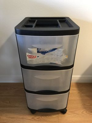 Plastic Storage Cart, 3 Drawers for Sale in Los Angeles, CA
