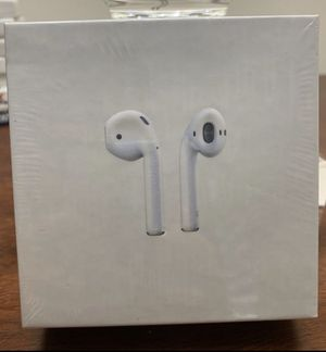 AirPods generation 2 (wireless charging case) for Sale in Fellsmere, FL
