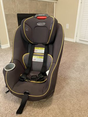 Graco front facing car seat for Sale in Irving, TX