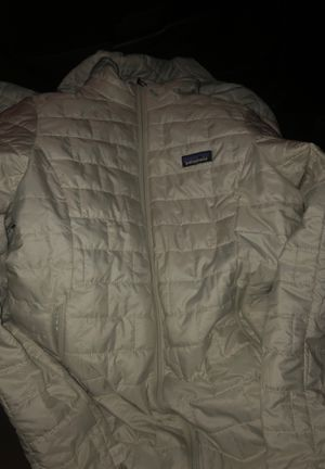 Patagonia Womans Puff coat and Mens Zip up for Sale in San Francisco, CA